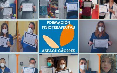 El equipo de fisioterapeutas de ASPACE Cáceres finaliza una nueva formación